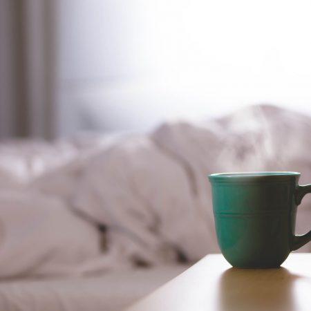 奇蹟的早晨,透過早晨改變你的人生(五個幫助我們起床的方法)